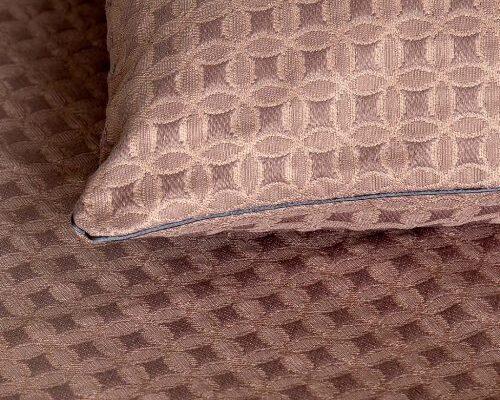 Чехол на подушку из ткани Шаржа